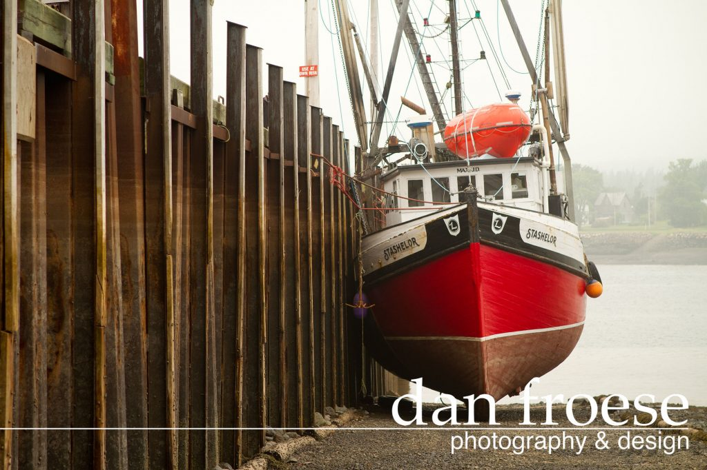 DanFroese-red-boat